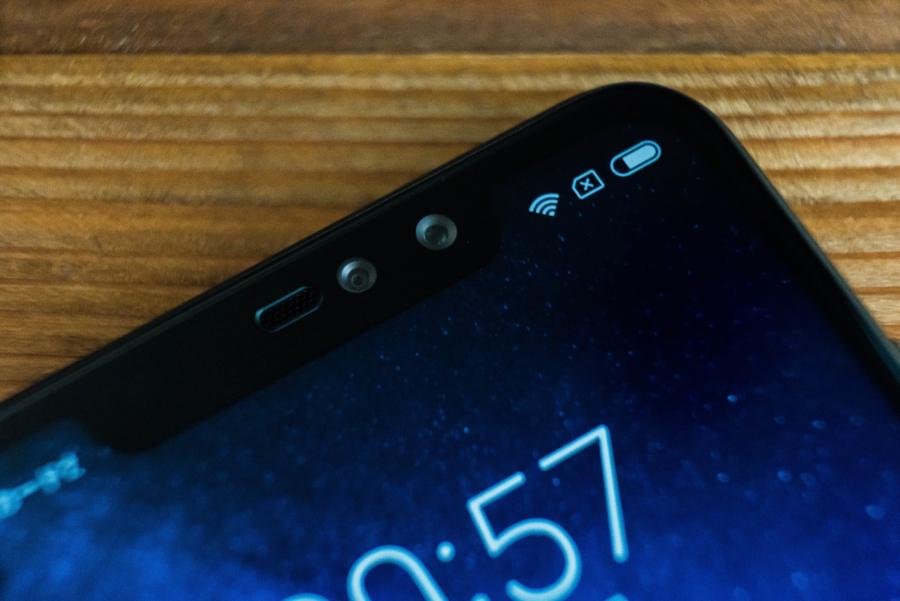 Xiaomi Redmi Note 6 Pro フロントカメラ